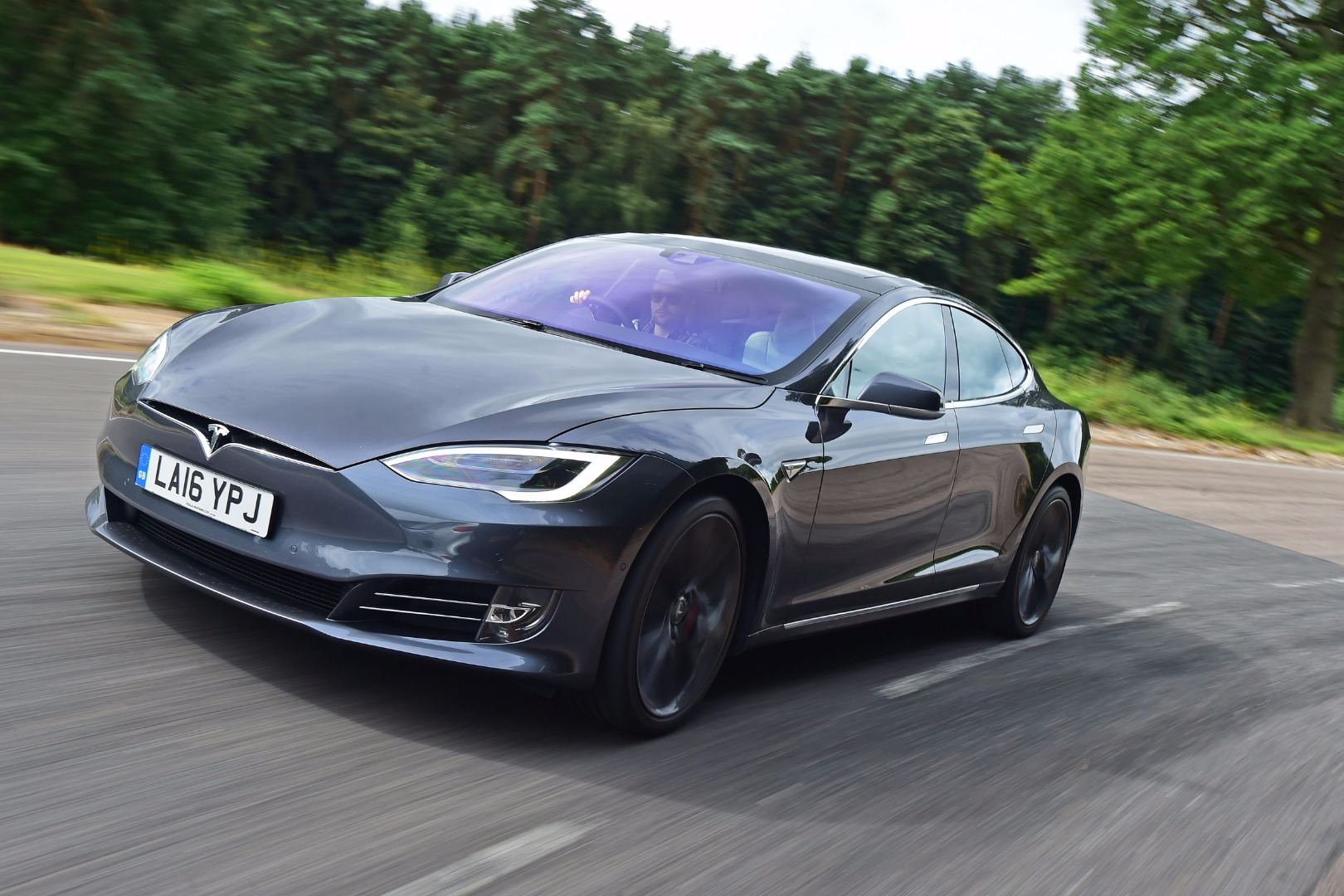 News - Tesla Model S Gets Glass Roof, P90D Axed