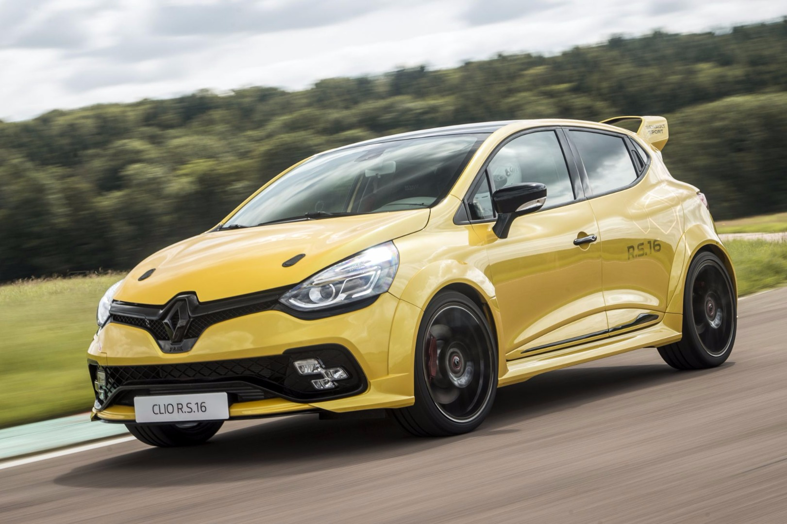 news renault shelves ultimate clio rs16 s production plan. Black Bedroom Furniture Sets. Home Design Ideas