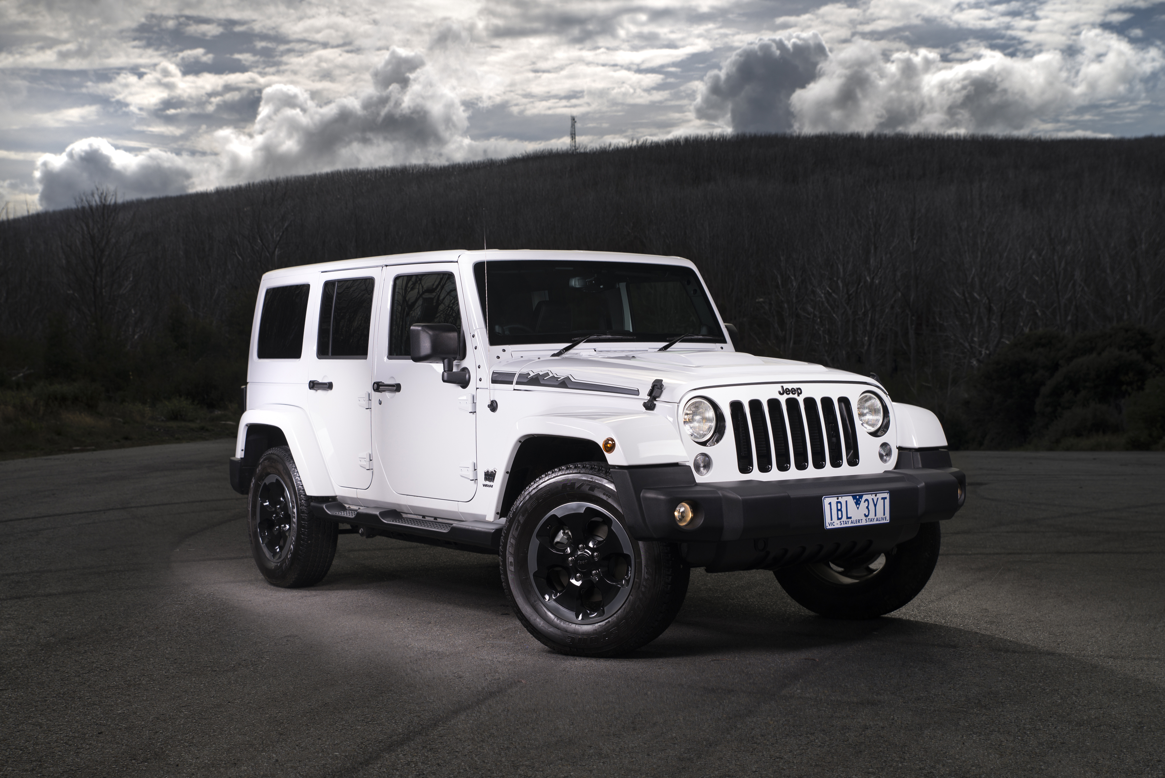 news 838 jeep wranglers recalled for airbag fix. Black Bedroom Furniture Sets. Home Design Ideas