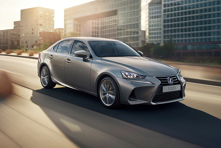 Lexus Hybrids Won't Be Plug-Ins For Now
