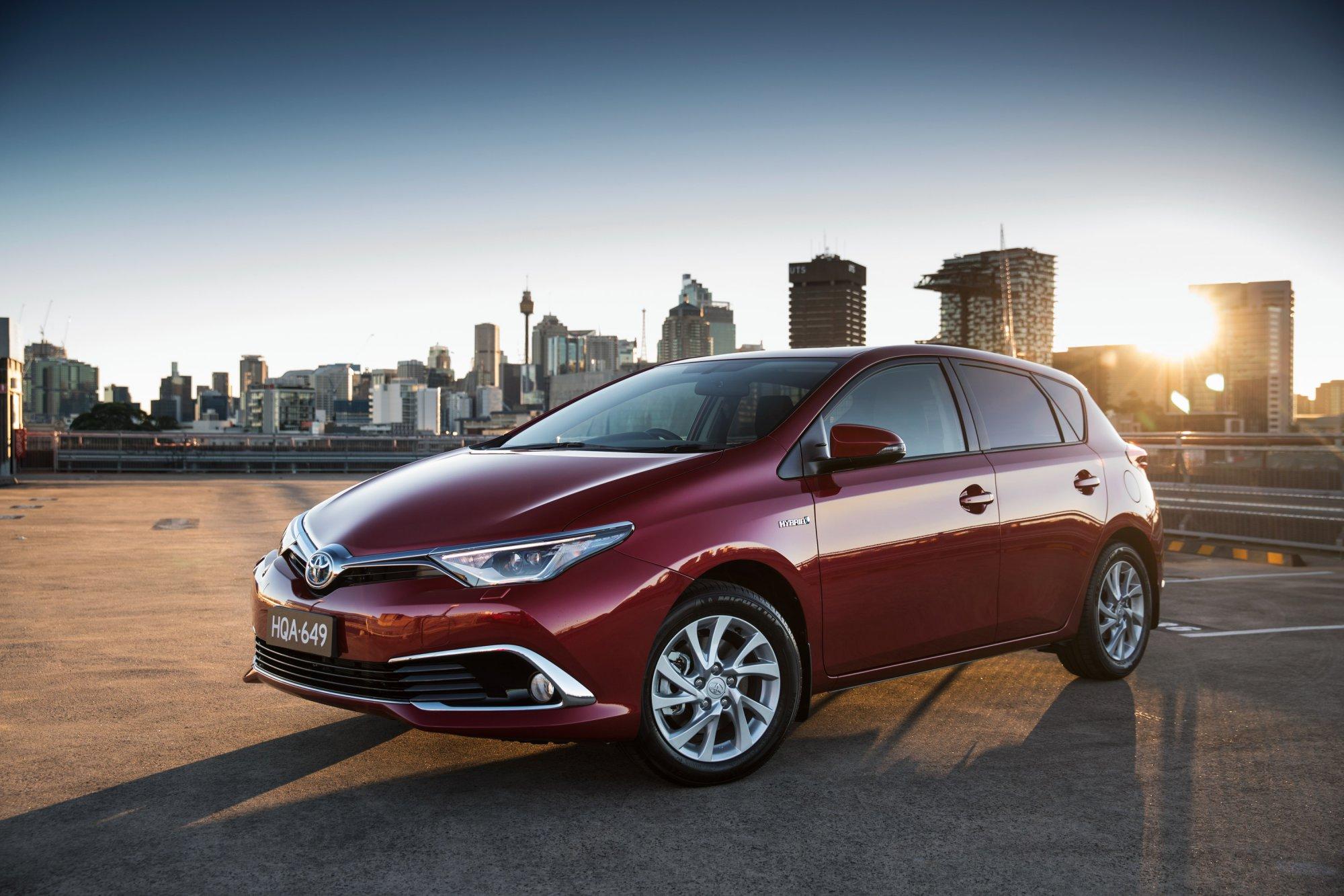 Car Pros Hyundai >> Review - 2016 Toyota Corolla - Review
