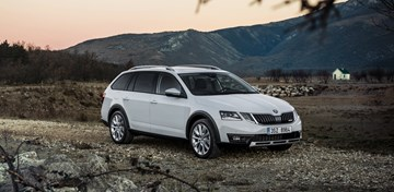 2017 Skoda Octavia Scout Debuts: Even More Czech