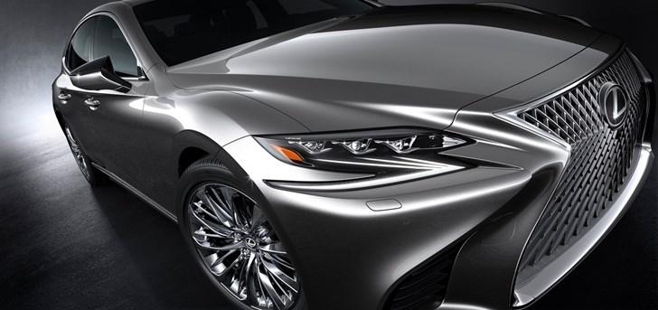 2017 Lexus LS500 Makes Detroit Debut