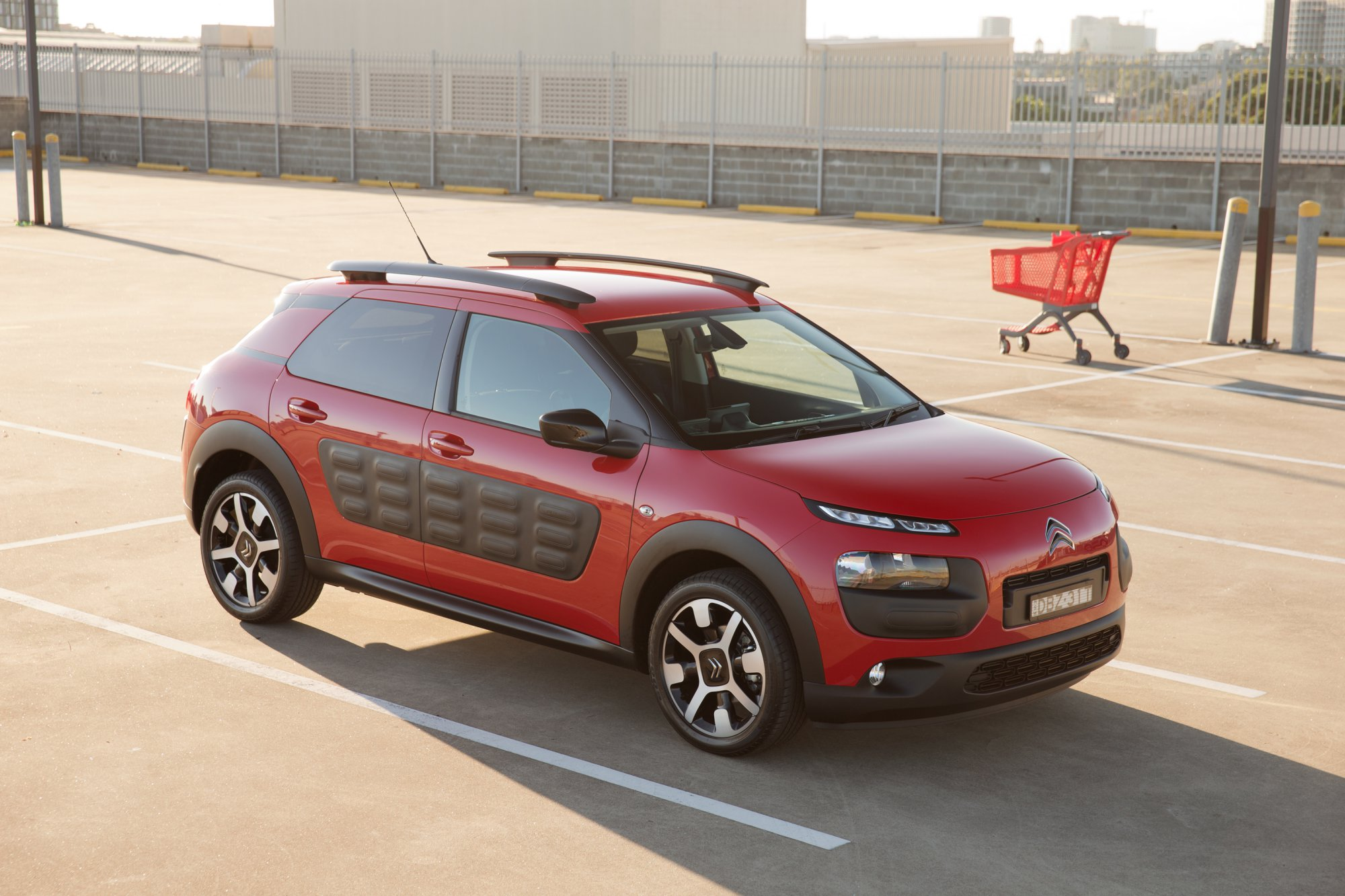 news citroen c4 cactus gets 6 speed auto. Black Bedroom Furniture Sets. Home Design Ideas