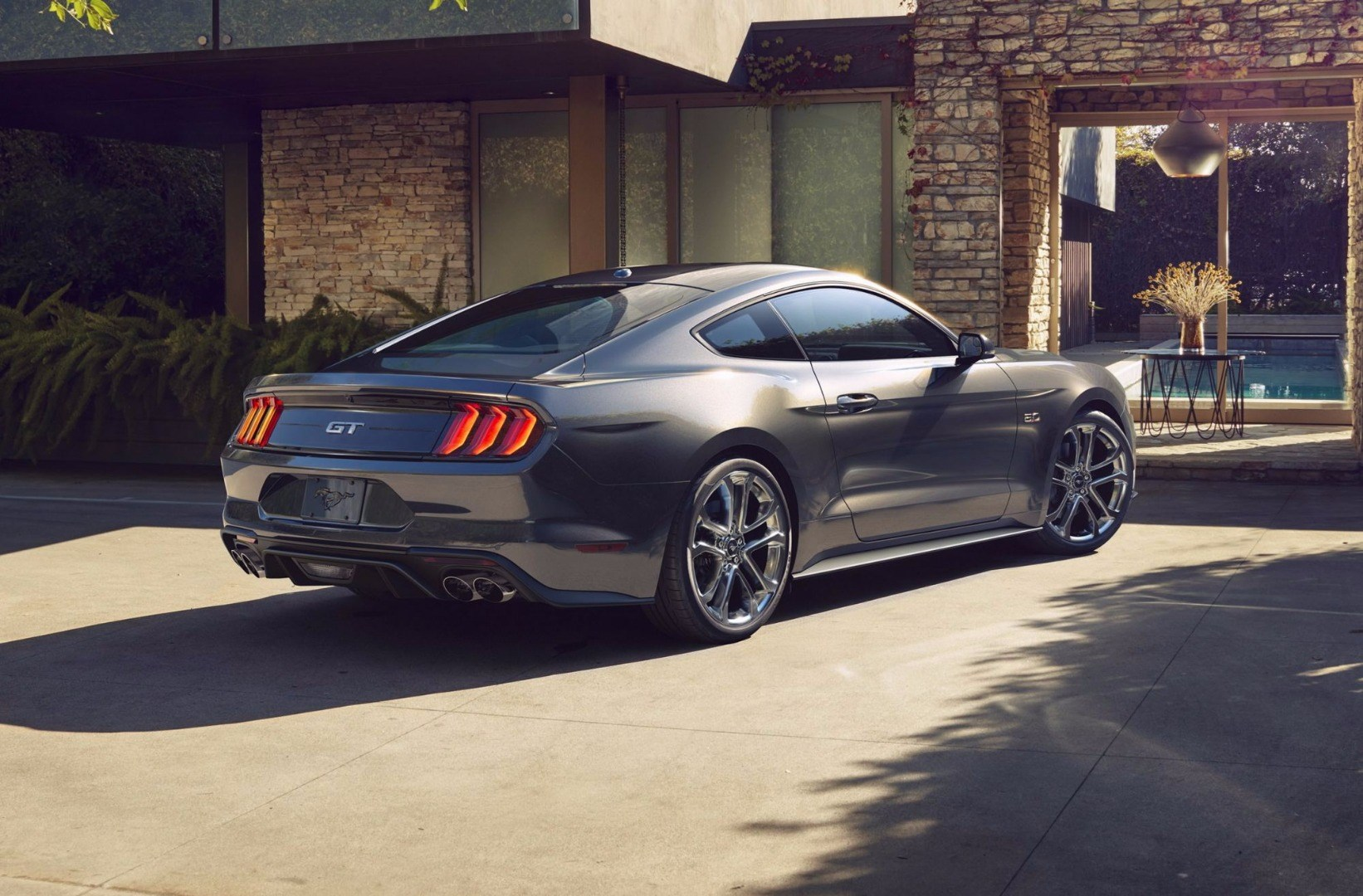 Ford Reveals Updated Mustang For 2018 Thumbnail
