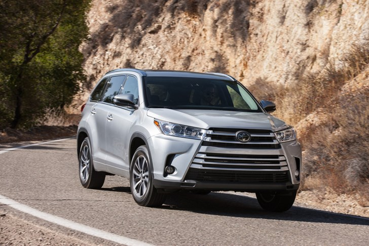 2017 Toyota Kluger - First Impressions