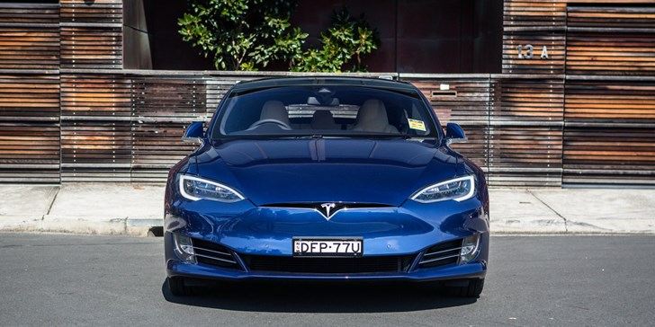2017 Tesla Model S - Review
