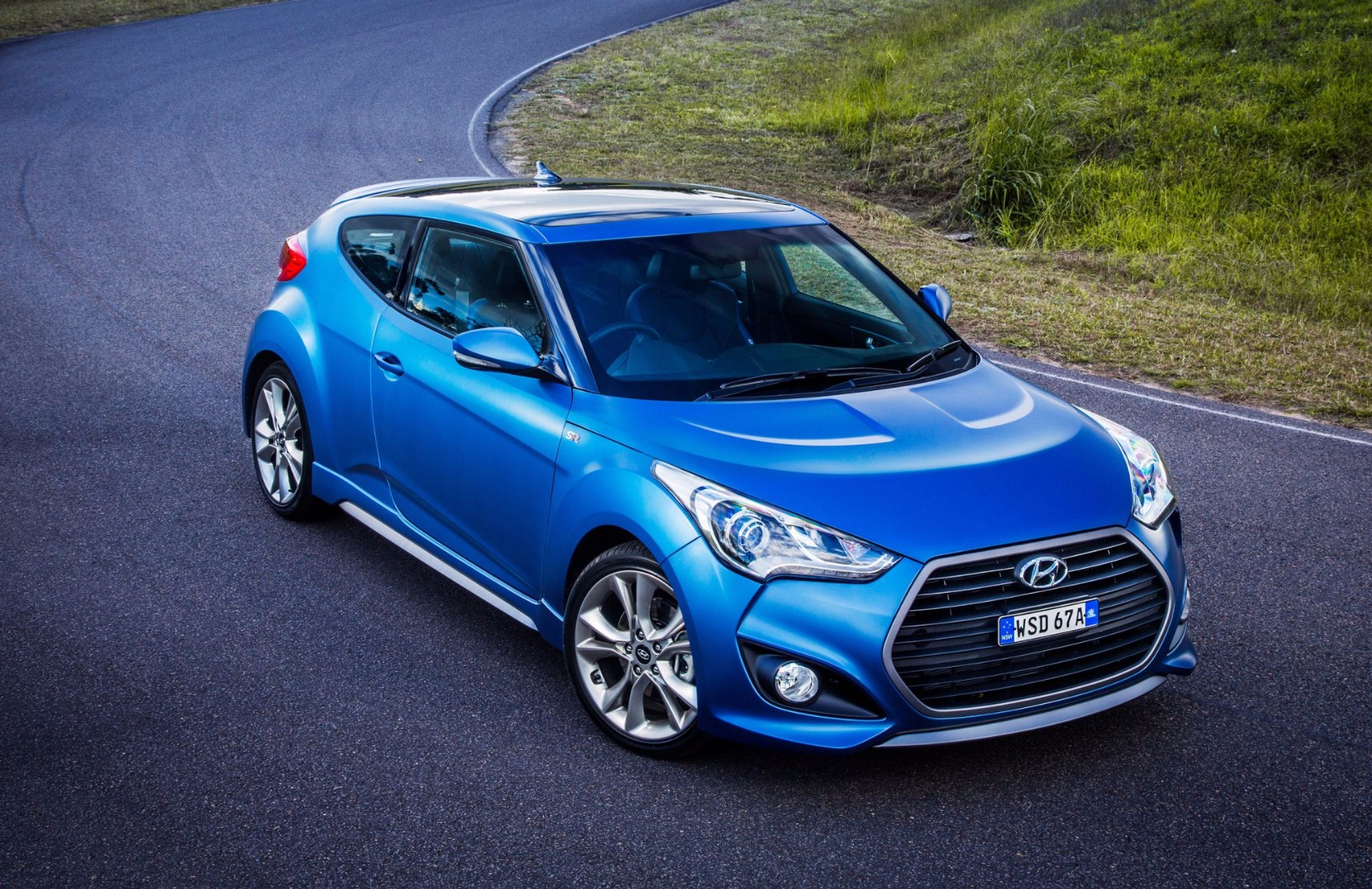 Review 2017 Hyundai Veloster Review