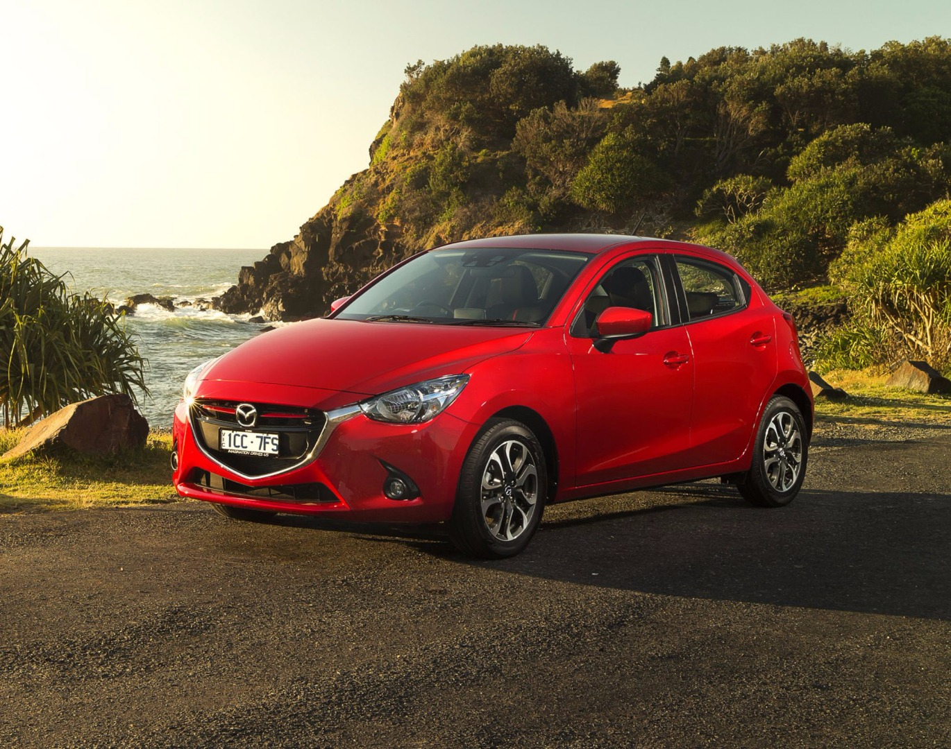 18 brilliant 2017 mazda 2 first look review. Black Bedroom Furniture Sets. Home Design Ideas