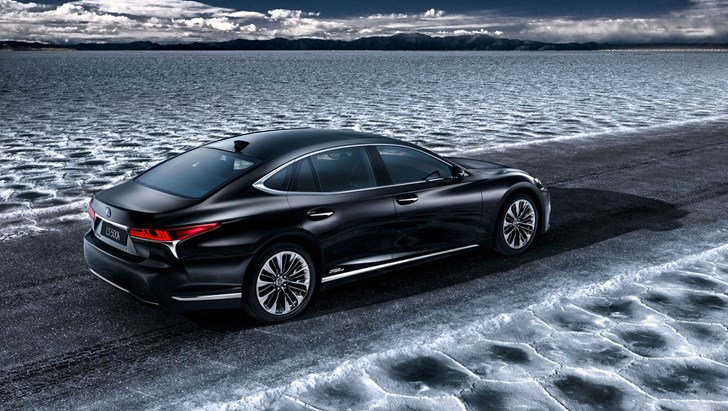 Geneva Debut For 2018 Lexus LS500h