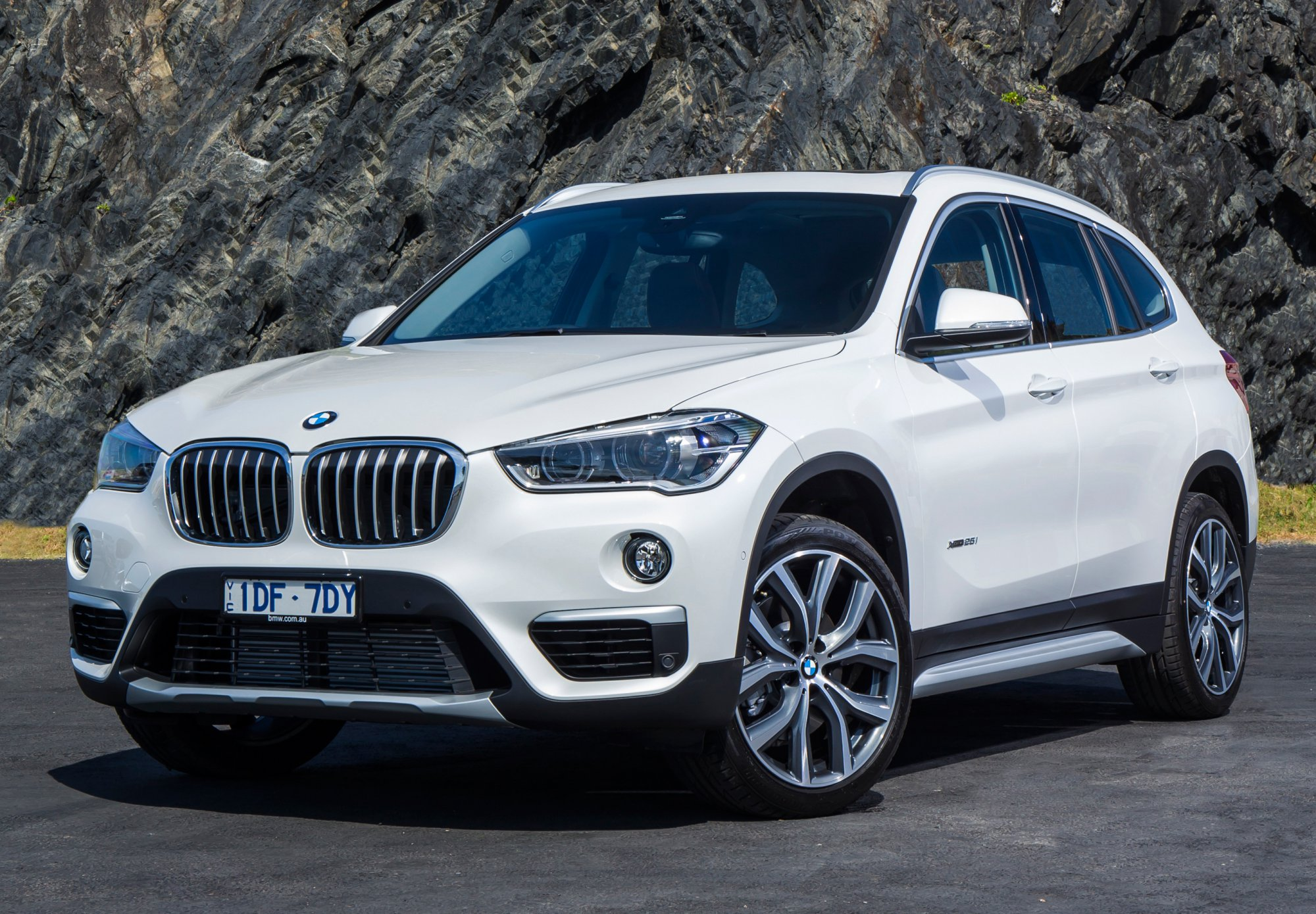 Review - 2017 BMW X1 - Review