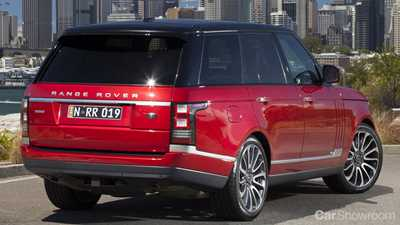 With Its Gargantuan Size And Good Looks The Range Rover Smacks Of Luxury Makes Quite Statement