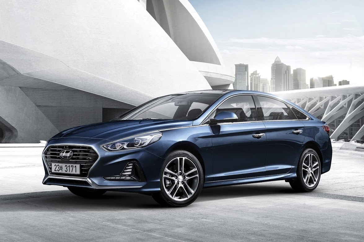 news hyundai launches 2017 sonata in seoul. Black Bedroom Furniture Sets. Home Design Ideas