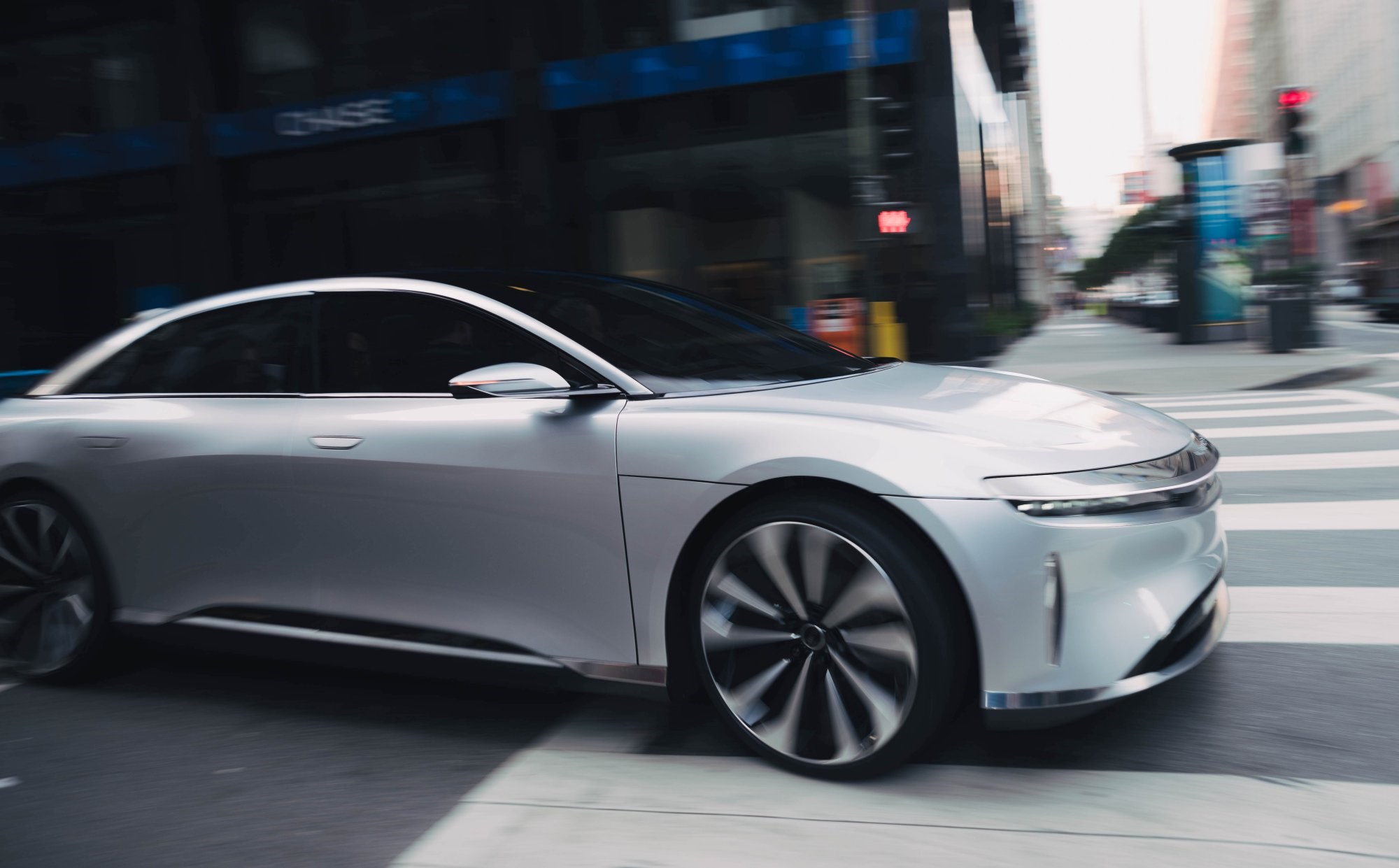 Lucid Air On Sale Now For $68,000 Thumbnail