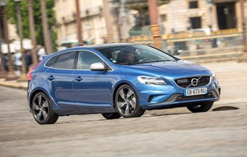 2017 Volvo V40 - Review