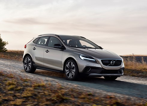 2017 Volvo V40 Cross Country - Review