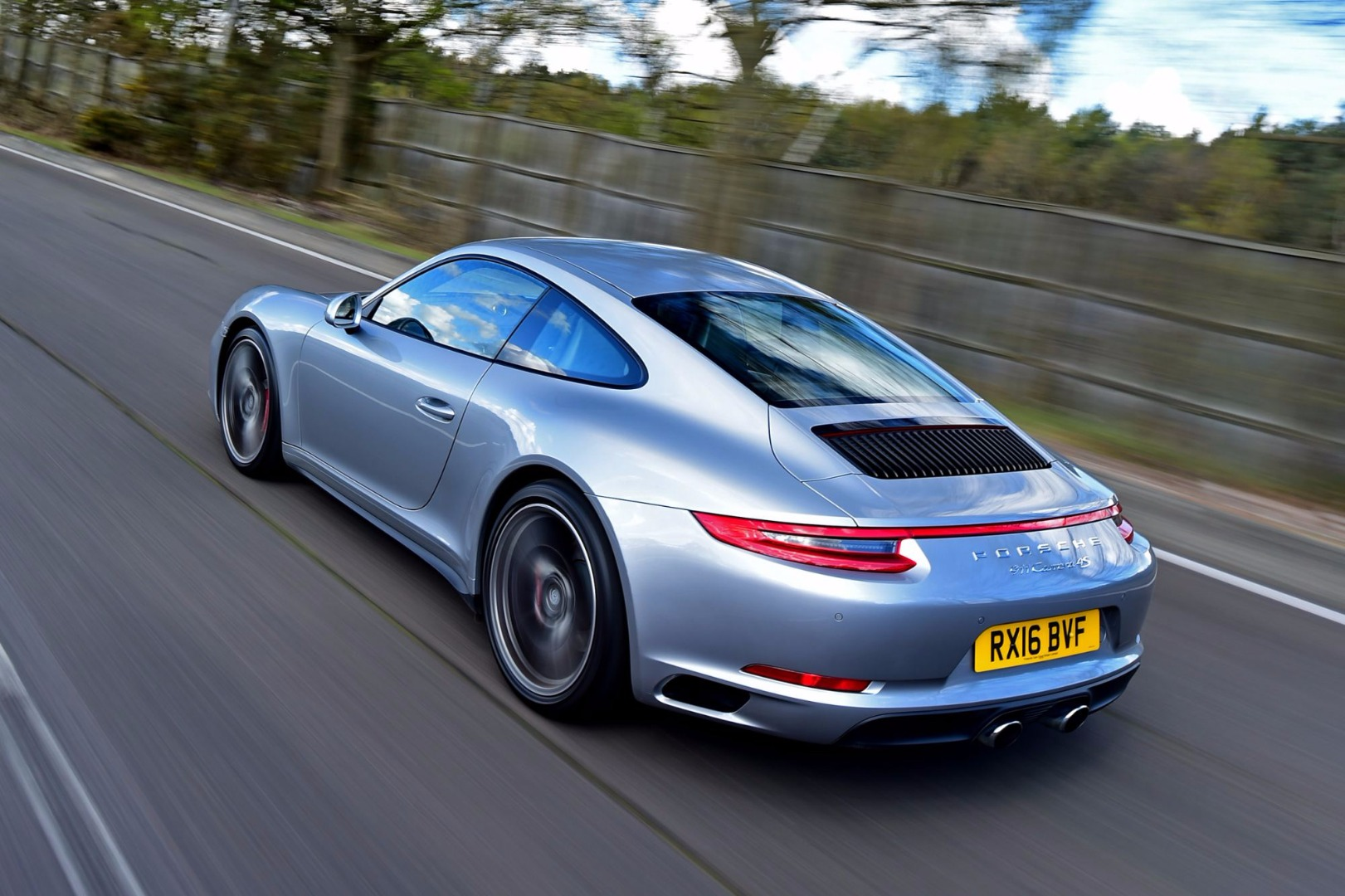 Review 2017 Porsche 911 Review