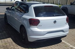 2017 Volkswagen Touareg & Polo Spied Undisguised