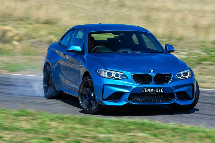 2017 BMW M2 - Review