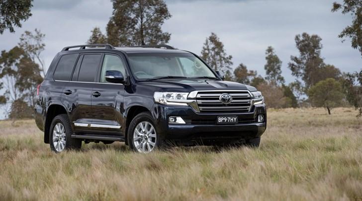 2017 Toyota Land Cruiser VX