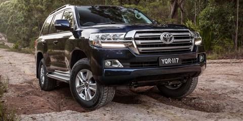 2017 Toyota Land Cruiser Altitude