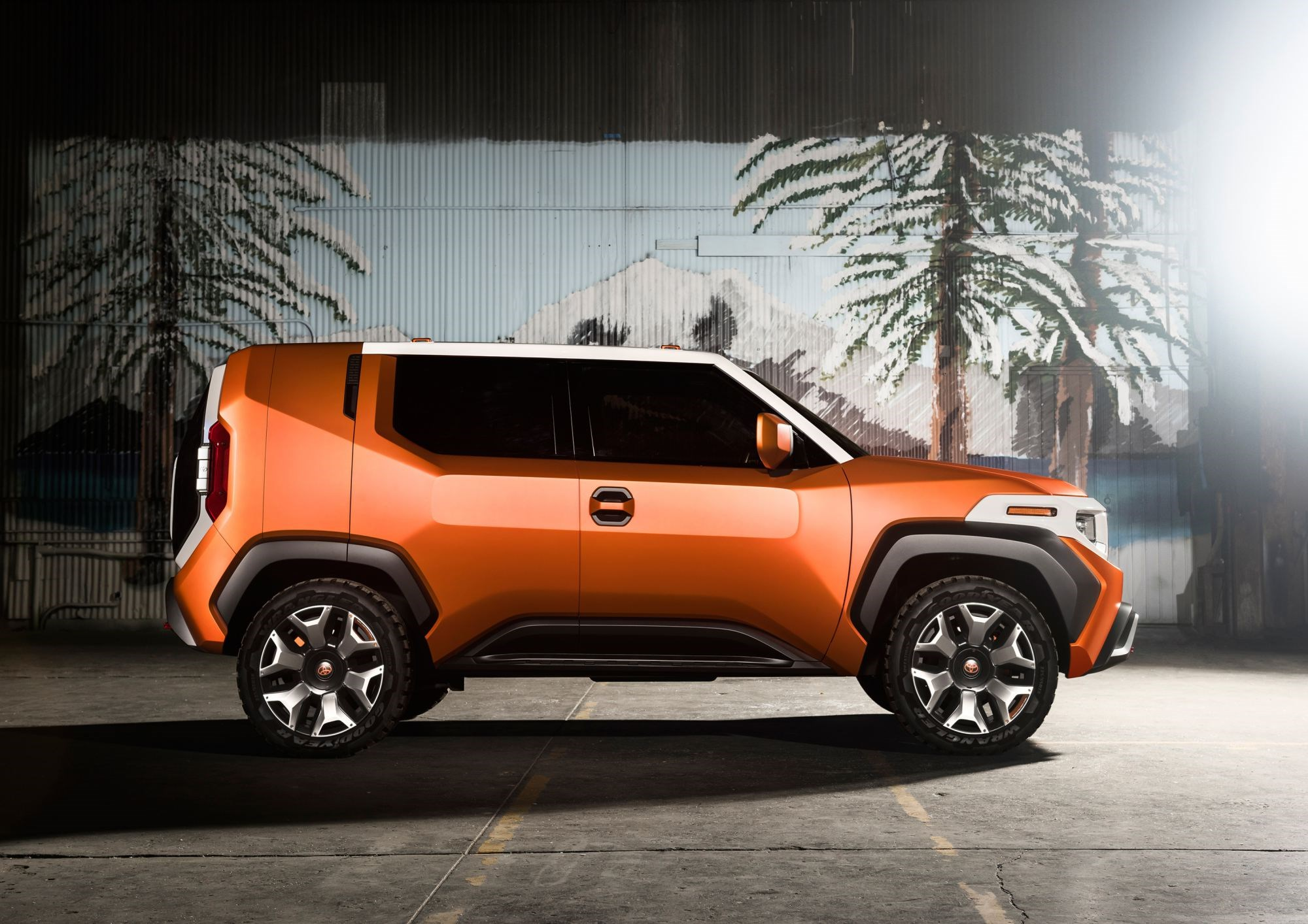 Toyota's FT-4X Concept, Gadget-Obsessed Outdoorsman Thumbnail