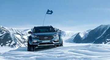 Hyundai Santa Fe Treks Across The Antarctic