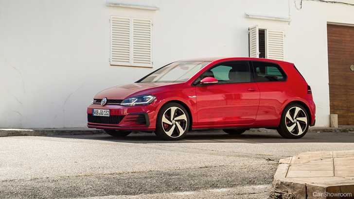 news 3 door vw golf gti with 180kw due here in august. Black Bedroom Furniture Sets. Home Design Ideas