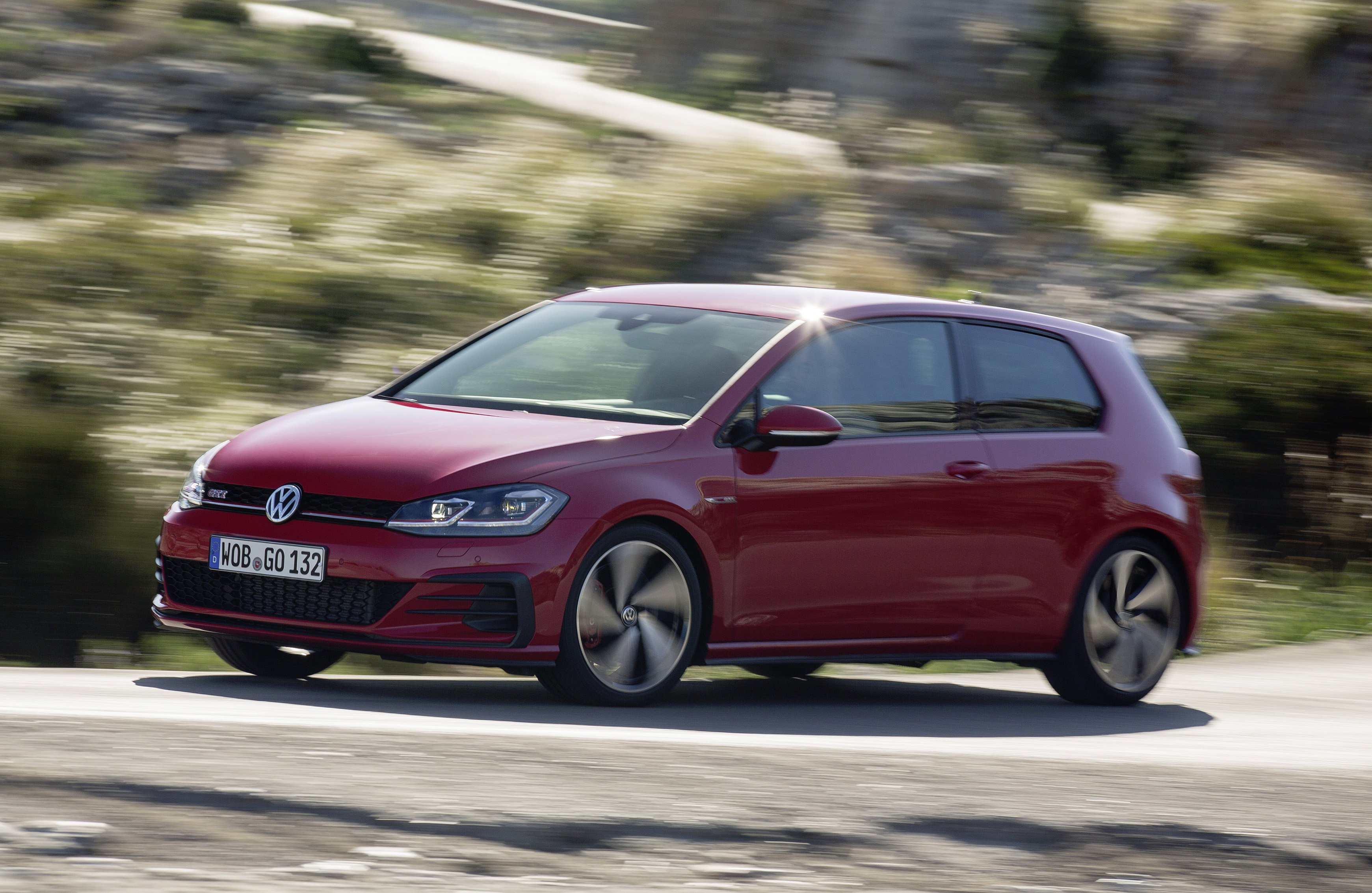 News 3 Door Vw Golf Gti With 180kw Due Here In August