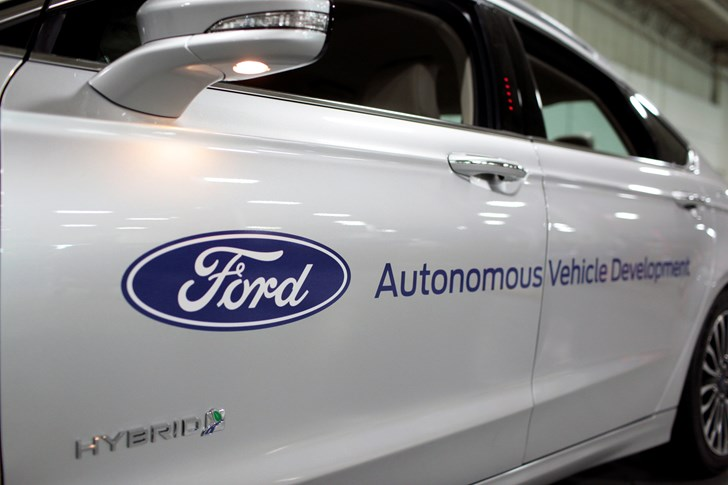 Ford's Names New CEO Jim Hackett, Mark Fields Retires