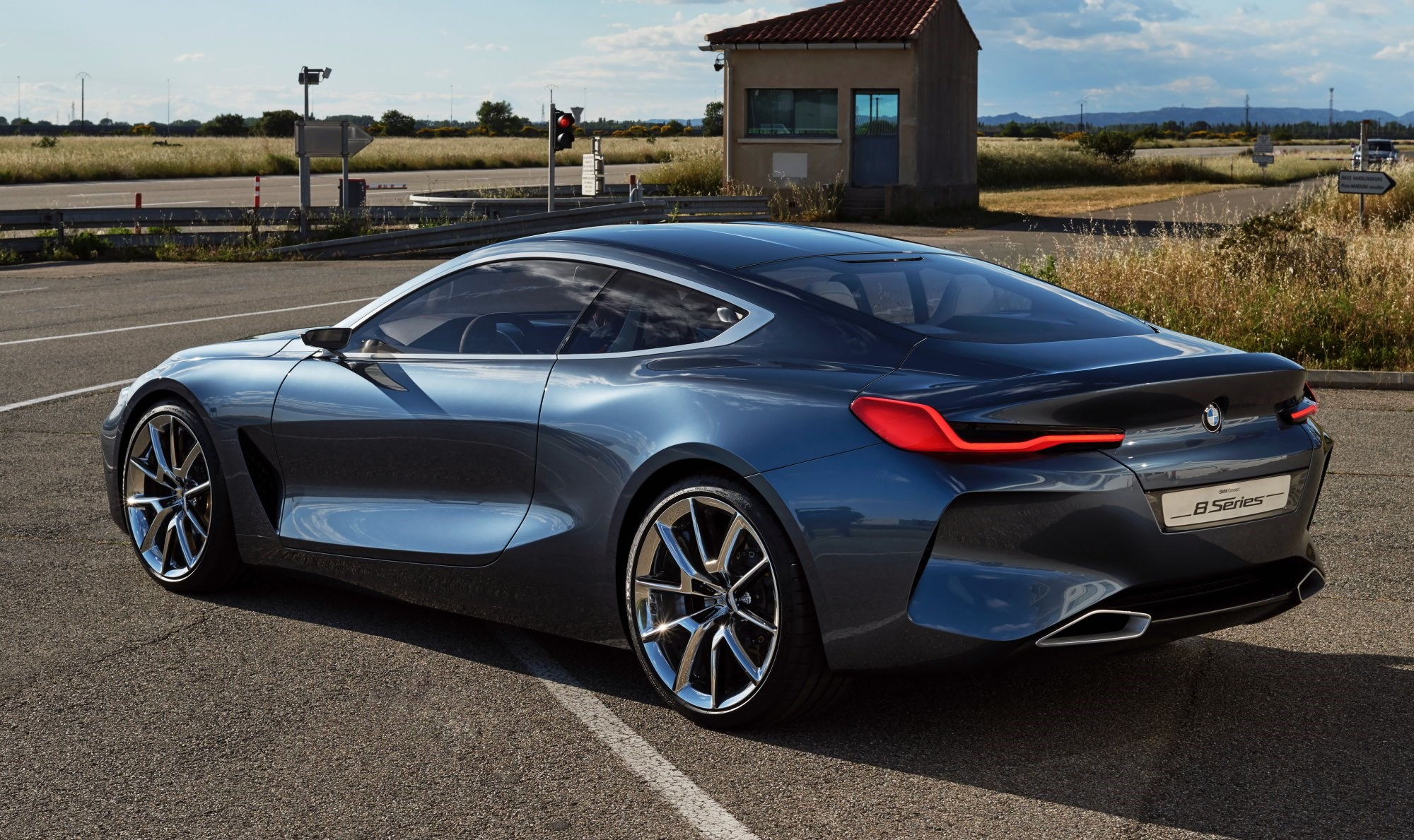 BMW Unveils Concept 8-Series, Due Next Year Thumbnail