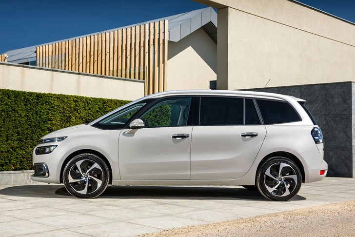 Review - 2017 Citroen C4 Grand Picasso - Review