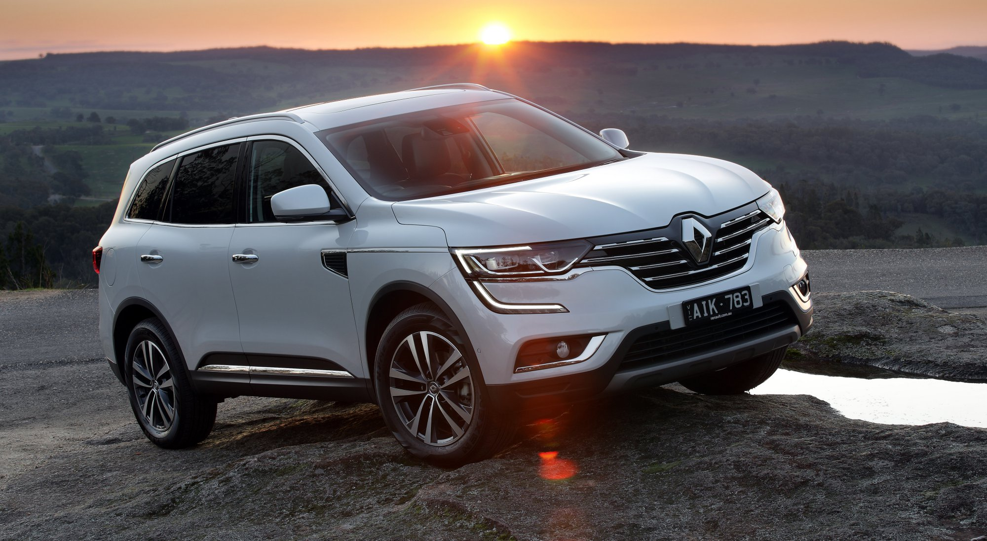 2017 Renault Koleos Review on jeep transmission