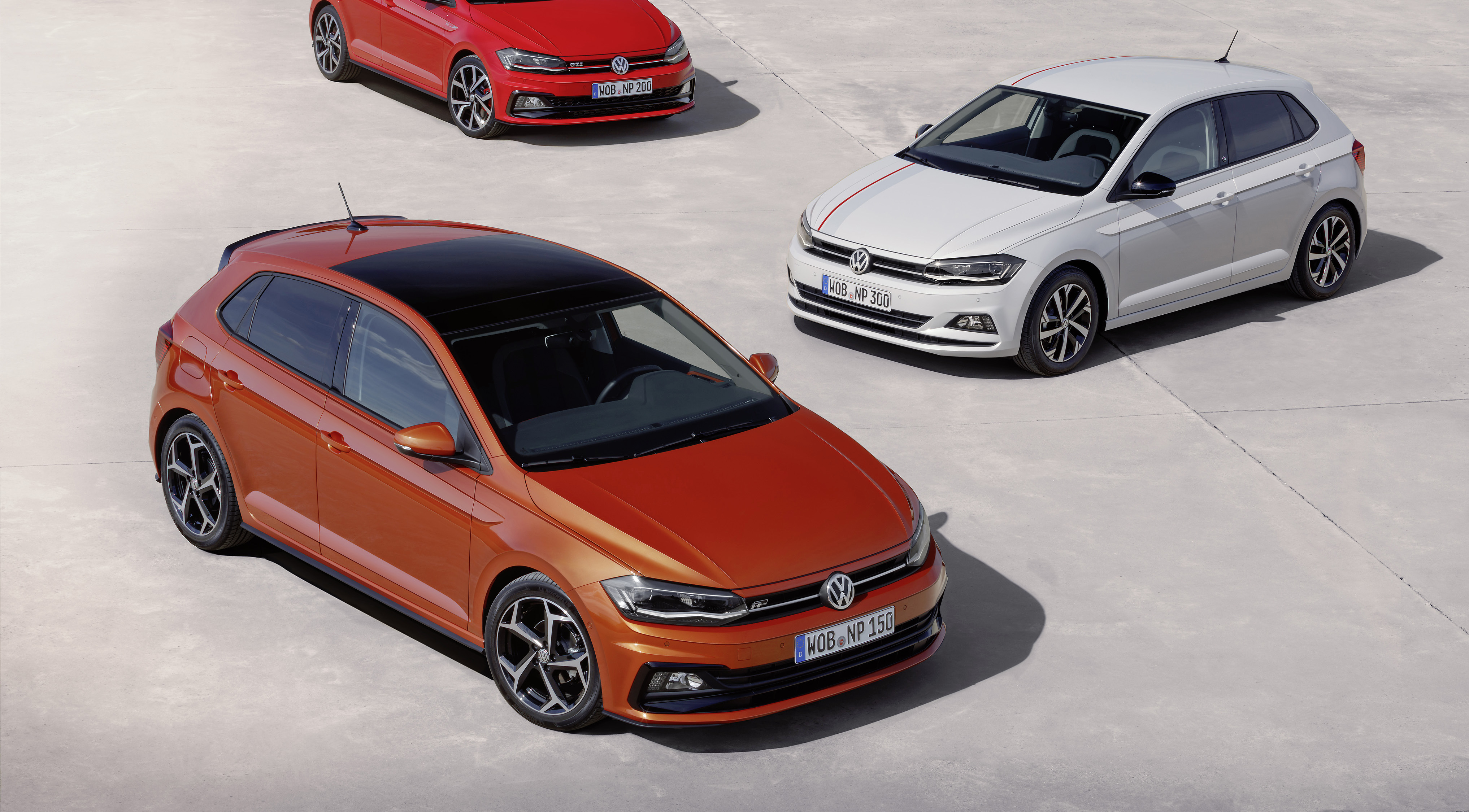 news 2017 volkswagen polo revealed edges closer to golf. Black Bedroom Furniture Sets. Home Design Ideas
