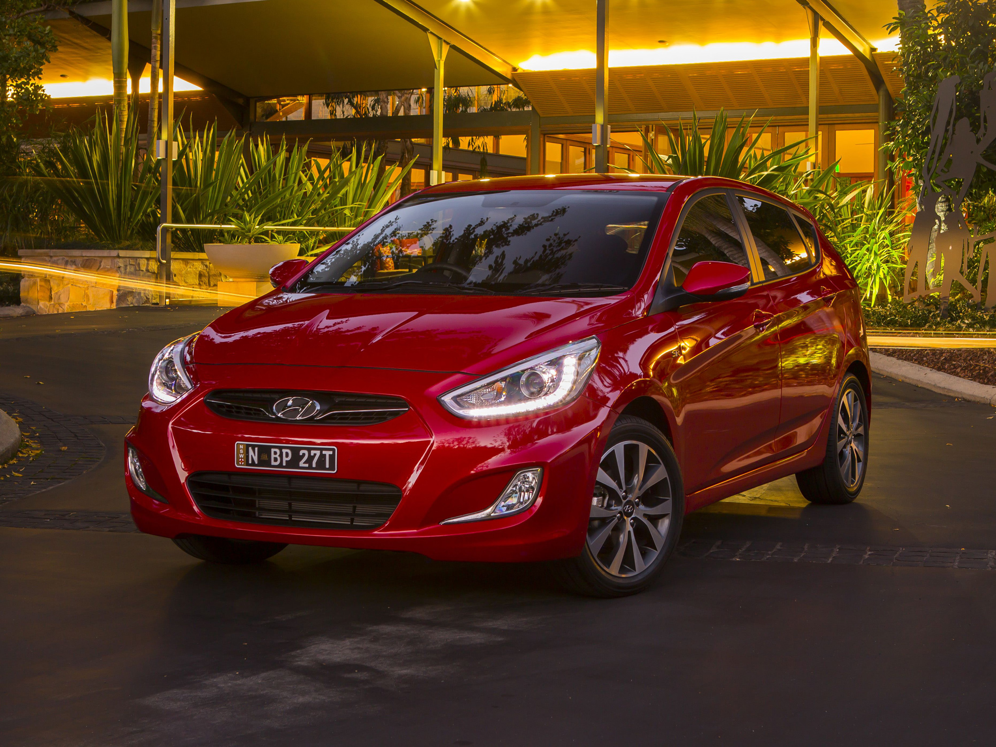 news 2017 hyundai accent down to sole high spec sport. Black Bedroom Furniture Sets. Home Design Ideas
