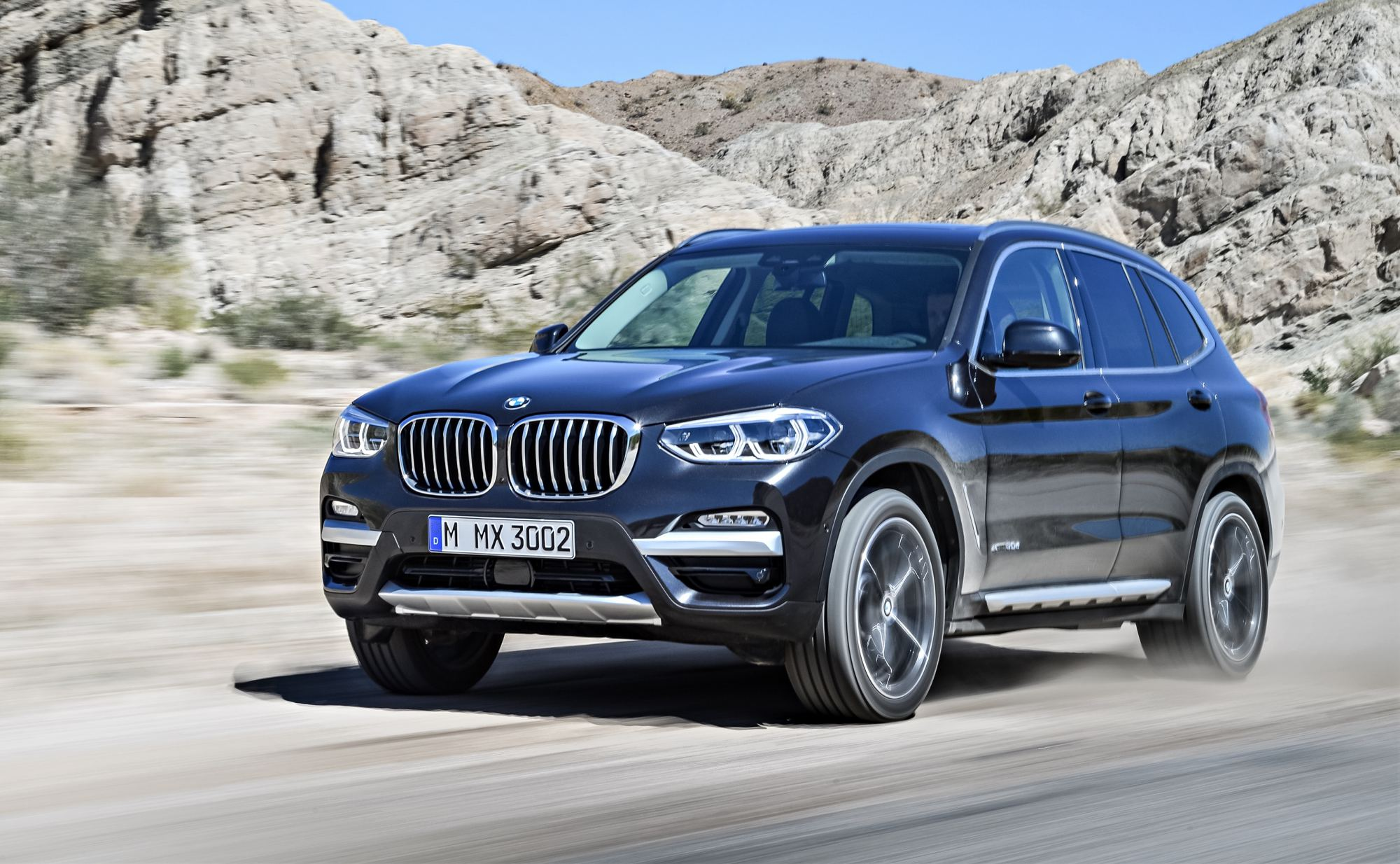 news bmw unveils all new x3 midsize suv. Black Bedroom Furniture Sets. Home Design Ideas