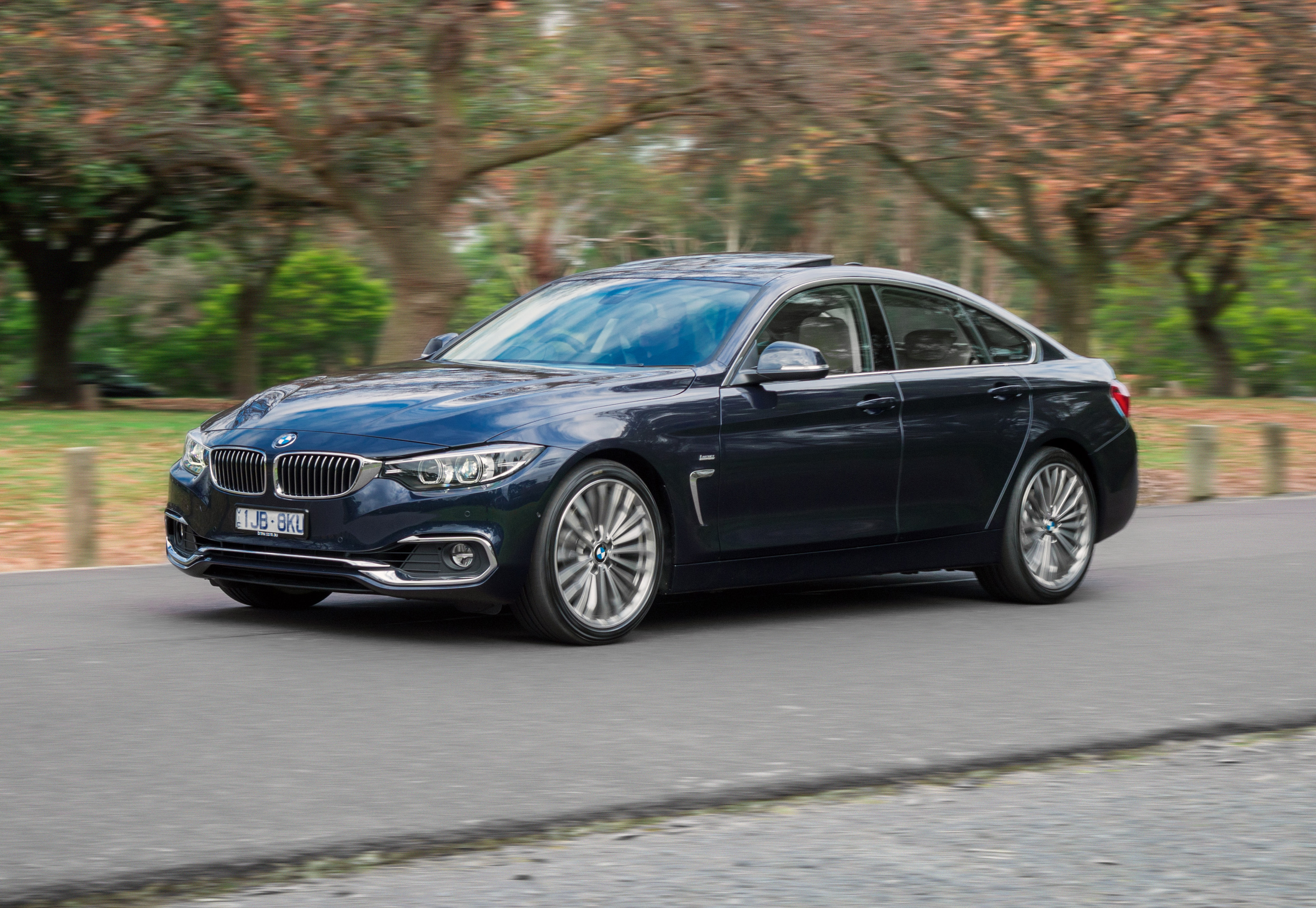News Bmw Australia Lobs 420i Coupe Gran Coupe Luxury