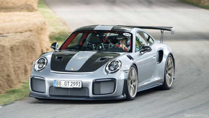 news porsche 911 gt2 rs gets full reveal at goodwood. Black Bedroom Furniture Sets. Home Design Ideas