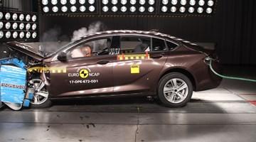 2017 Opel Insignia - Euro NCAP