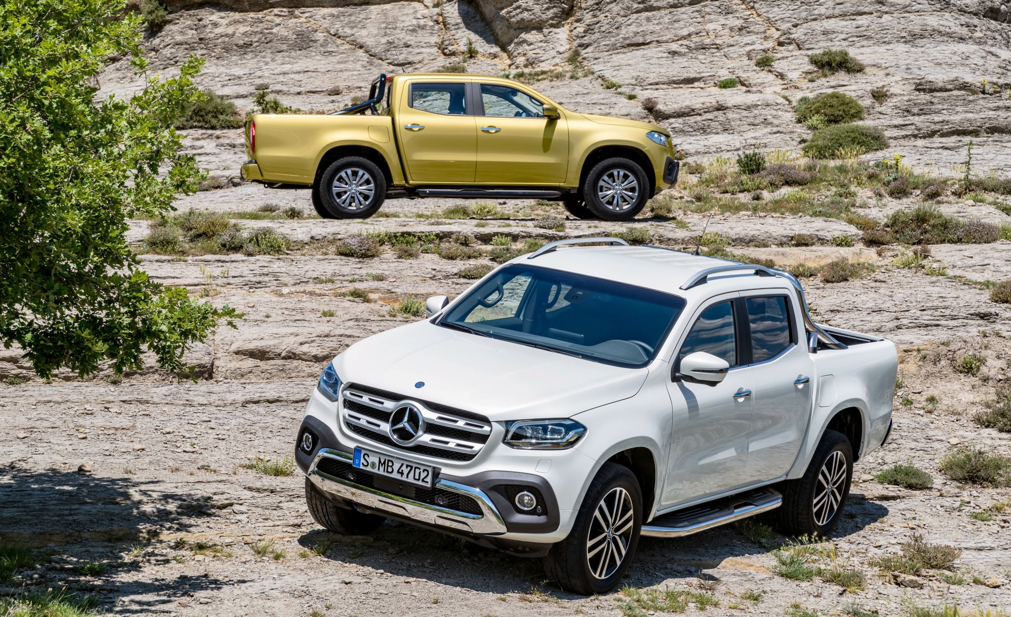 news mercedes benz reveals x class premium ute for 2018. Black Bedroom Furniture Sets. Home Design Ideas
