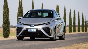 2017 Toyota Mirai Fuel-Cell Vehicle