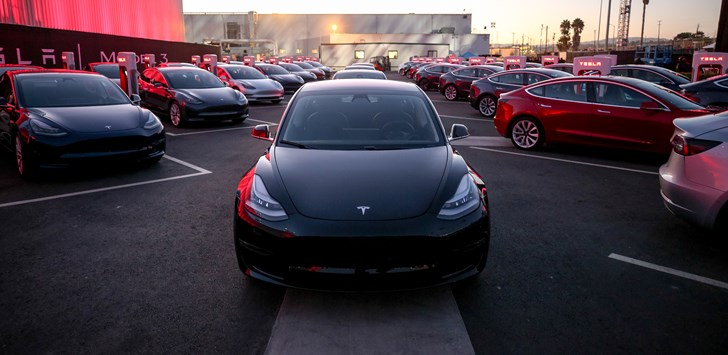 Tesla Delivers First Model 3
