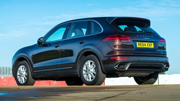 Dieselgate: Porsche Cayenne Diesel Sales Banned In Germany