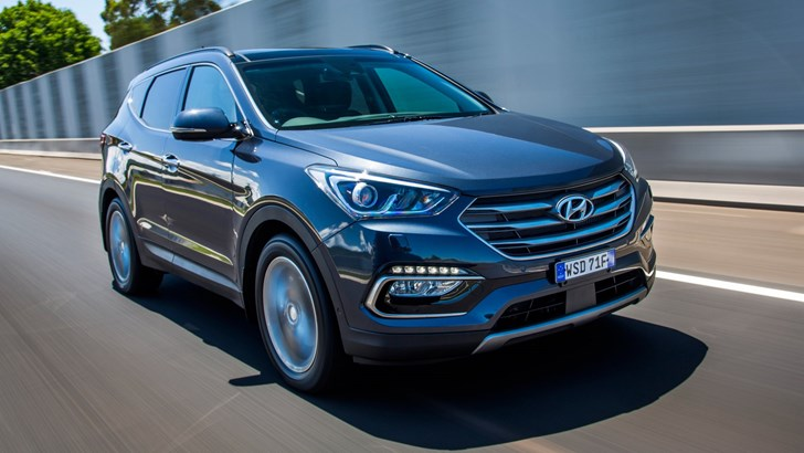 Hyundai Updates Santa Fe For 2018, Safer & Smarter