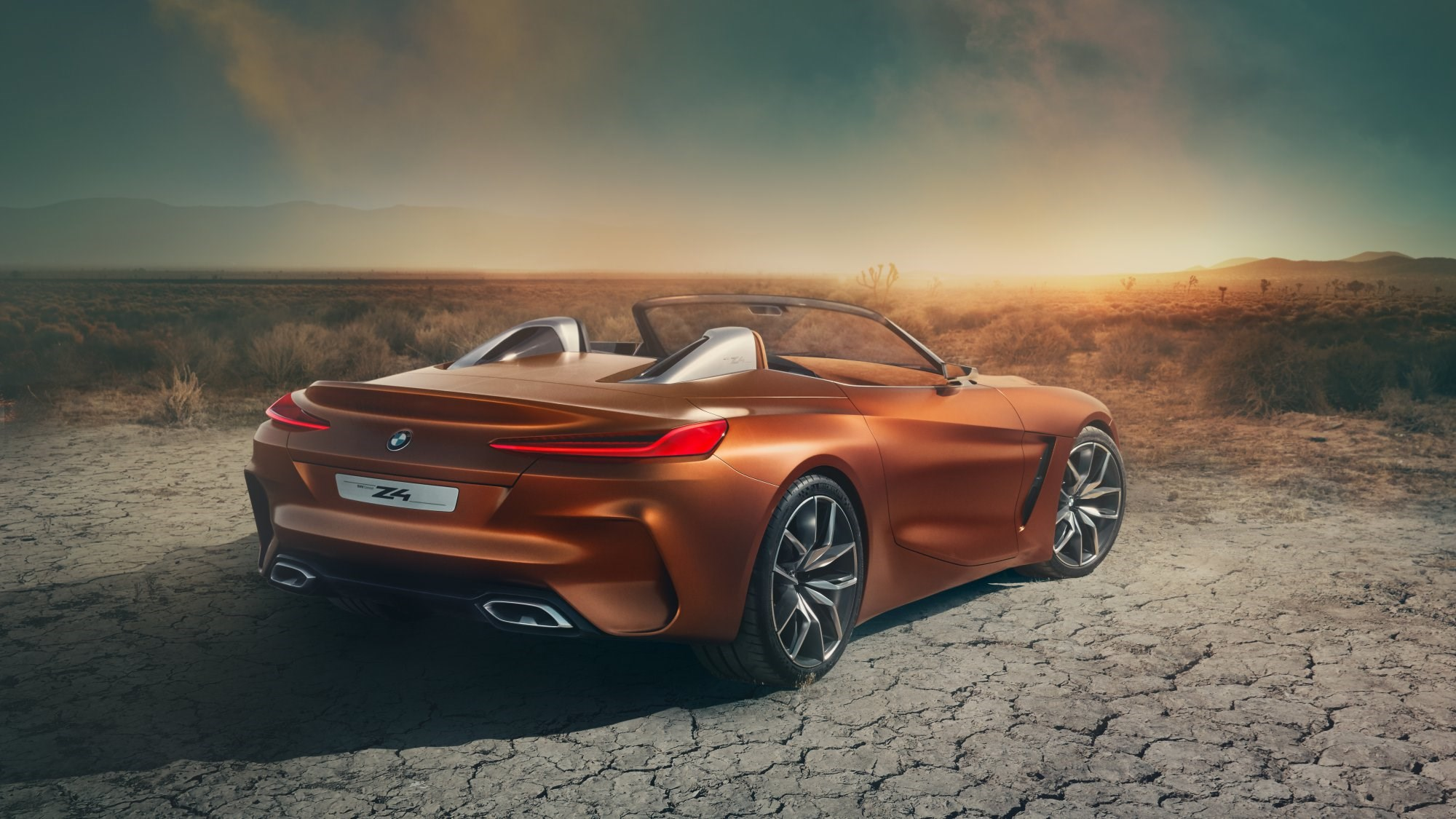 BMW Concept Z4 Unveiled: Roadster Reloaded Thumbnail