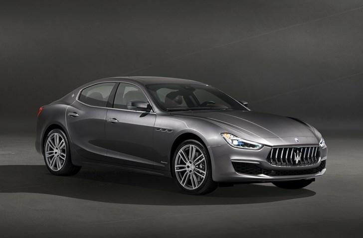 Maserati Reveals Ghibli's 2018 Facelift In GranLusso Trim