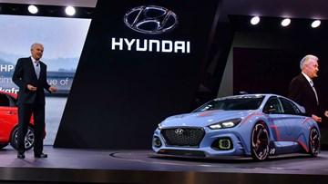 "Hyundai Thinks Luxury Tech Is ""Stupid"""