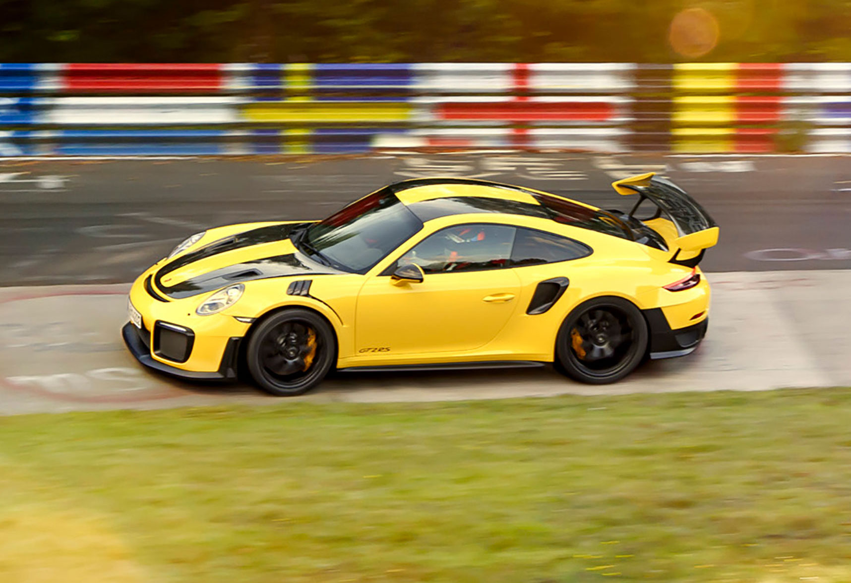 2018-porsche-911-gt2-rs-nurburgring-lap-record-6 Breathtaking How Many Porsche 911 Gt2 Were Made Cars Trend