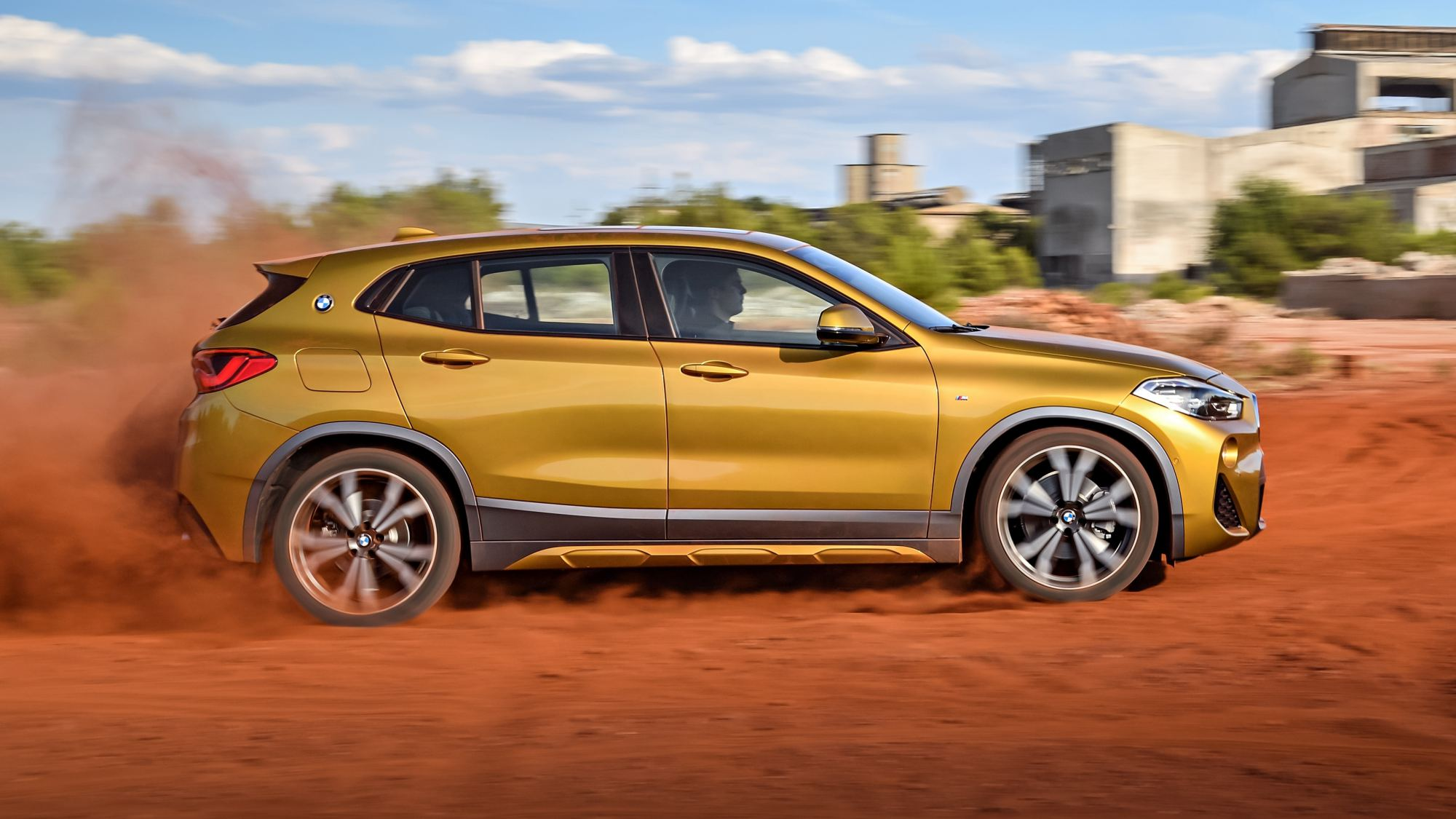 news 2018 bmw x2 munich s bold new coupe crossover. Black Bedroom Furniture Sets. Home Design Ideas