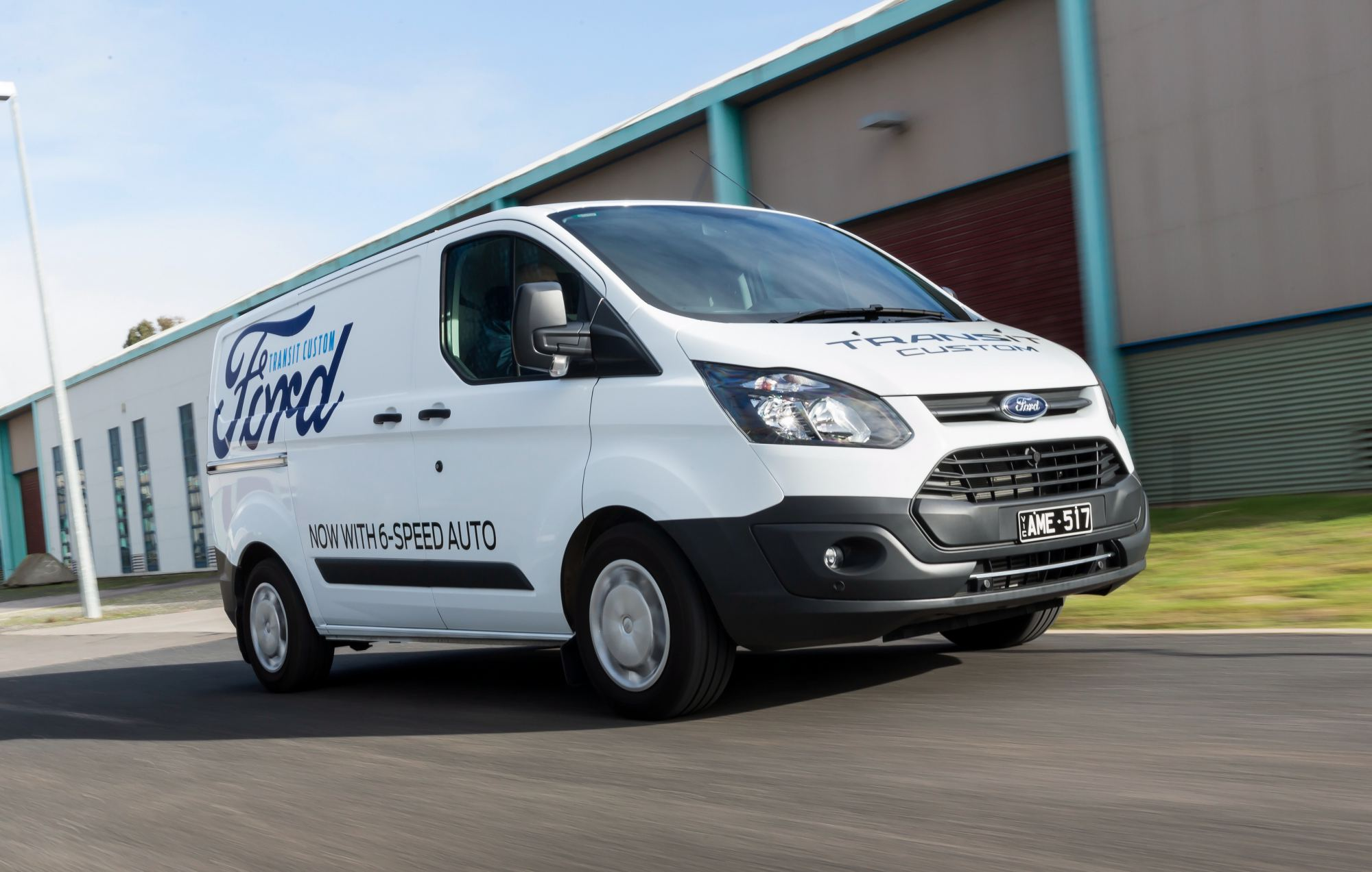 02a9ec8bbce681 Review - 2017 Ford Transit Custom - Review